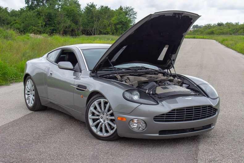 2003 Aston Martin Vanquish 44