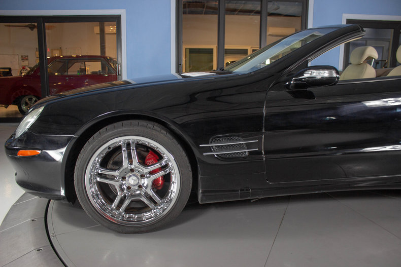 2004 Mercedes-Benz SL500 24