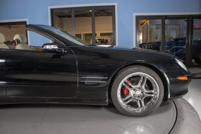 2004 Mercedes-Benz SL500 29