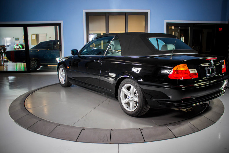 2002 BMW 325Ci 3