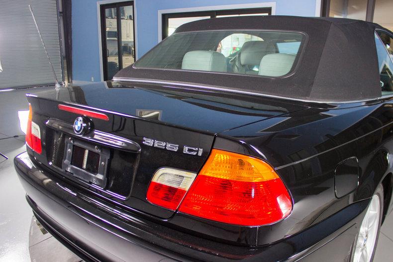 2002 BMW 325Ci 11