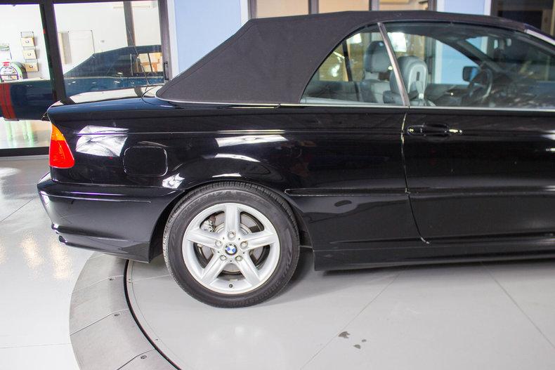 2002 BMW 325Ci 17