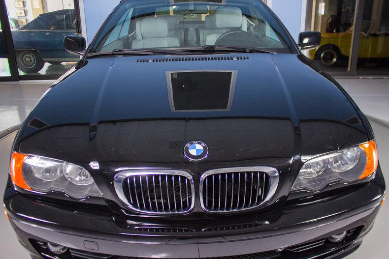 2002 BMW 325Ci 19