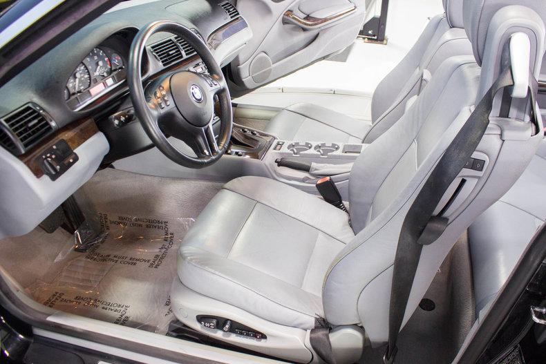 2002 BMW 325Ci 23
