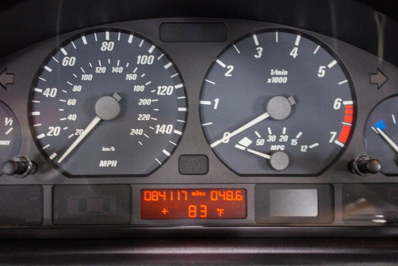 2002 BMW 325Ci 25