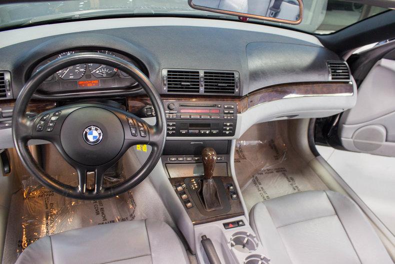 2002 BMW 325Ci 24