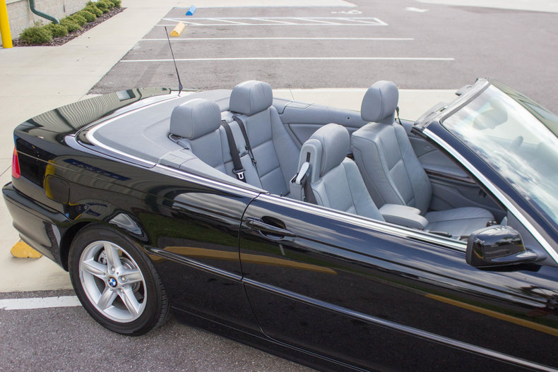 2002 BMW 325Ci 35