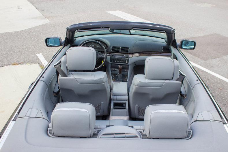 2002 BMW 325Ci 37