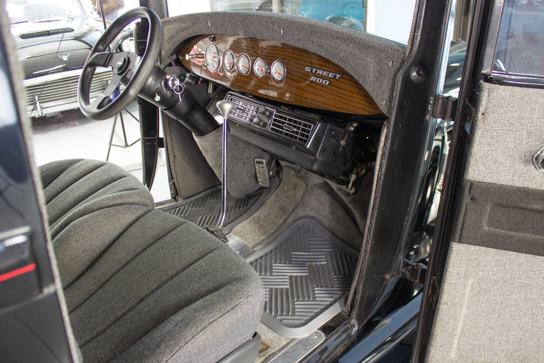 1928 Ford Model A 29
