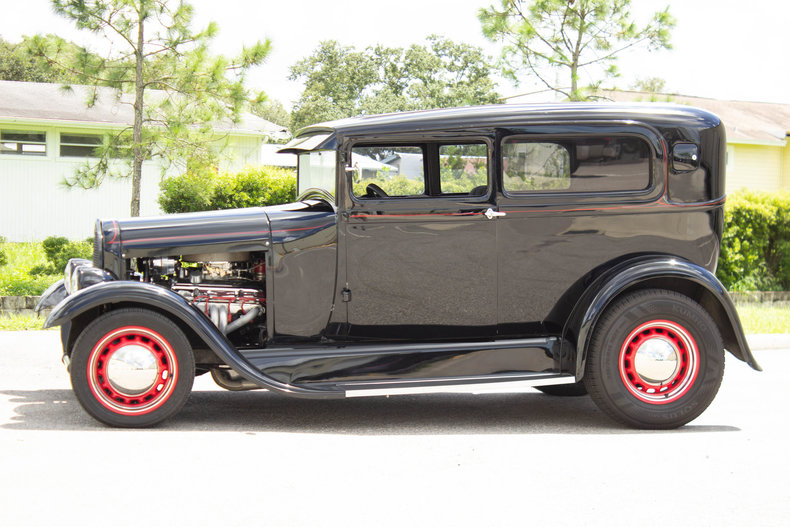 1928 Ford Model A 33