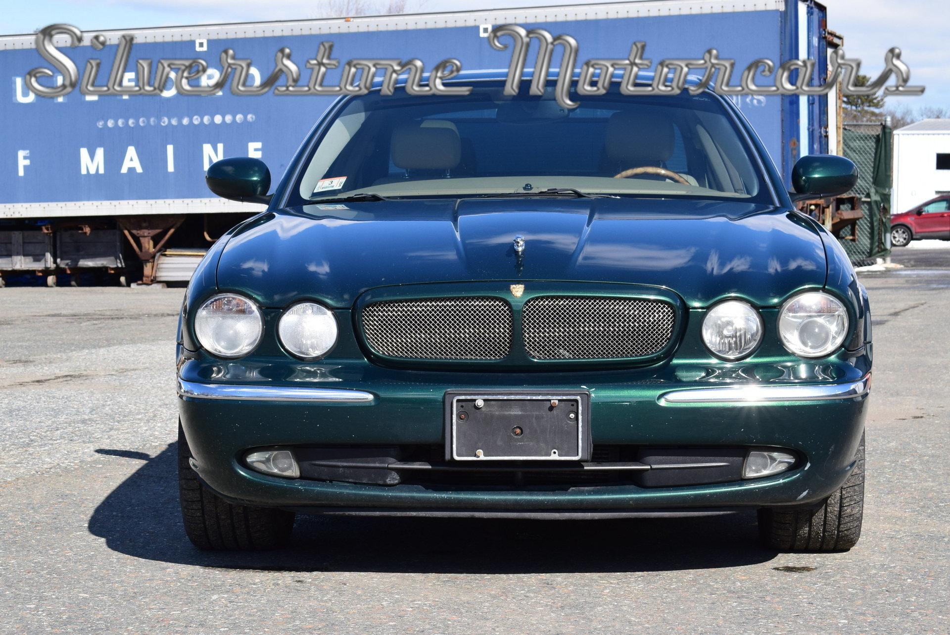 2004 Jaguar XJR · 2004 Jaguar XJR ...