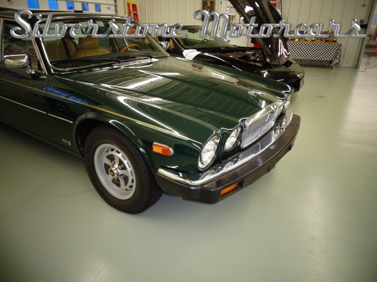 ... 1986 Jaguar XJ6 ...