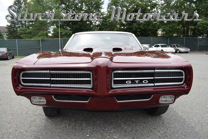 100449 | 1969 Pontiac GTO RAM AIR Judge | Silverstone Motorcars, LLC