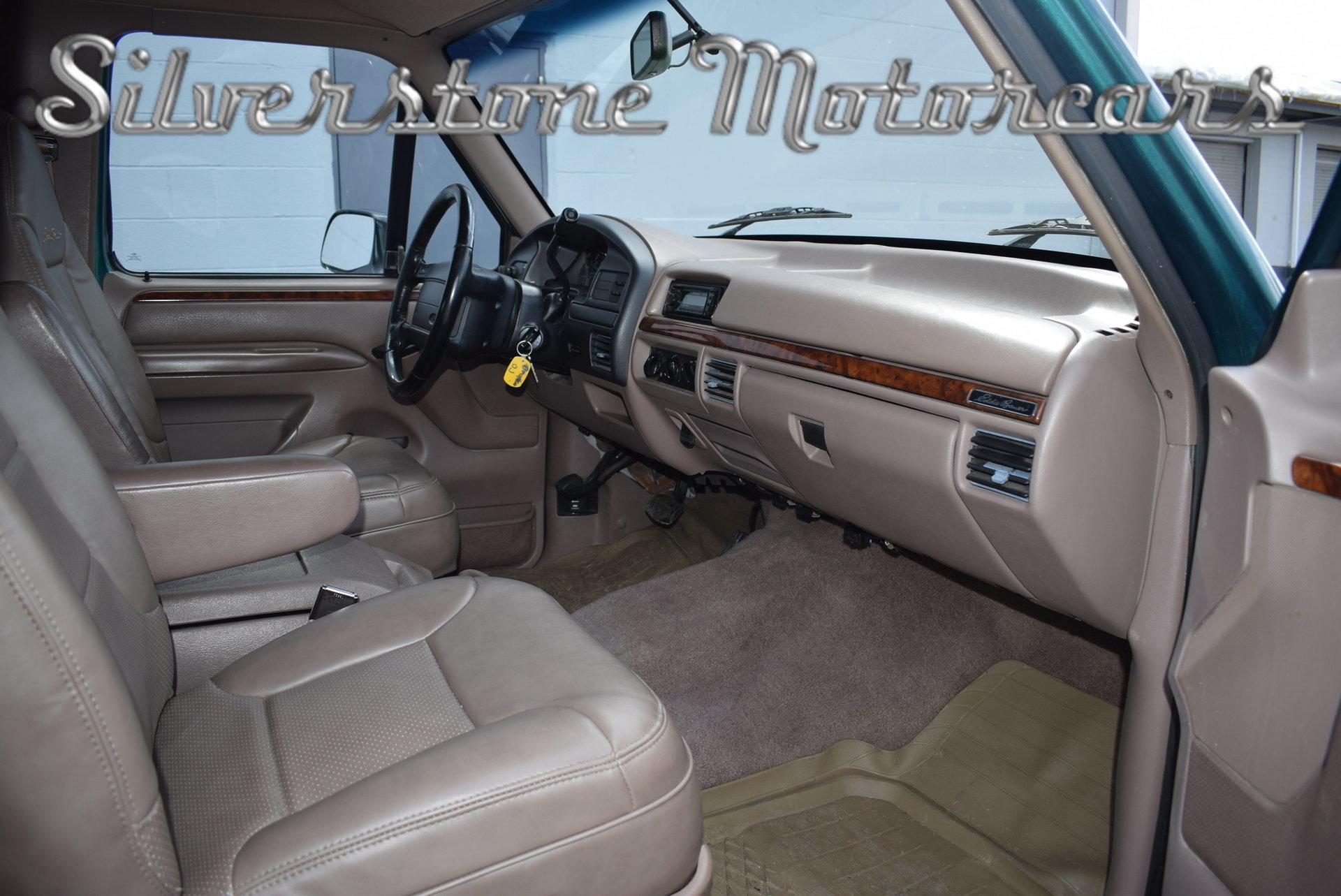 ... 1996 Ford Bronco ... Nice Look