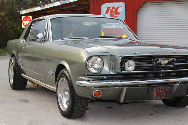 1965 ford mustang classic cars muscle cars for sale in knoxville tn. Black Bedroom Furniture Sets. Home Design Ideas