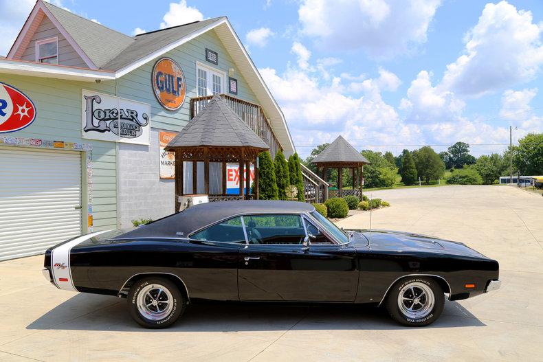 1969 Dodge Charger RT - Smokey Mountain Traders