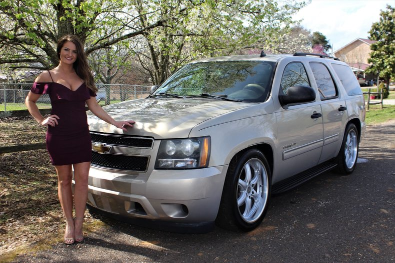 2009 Chevrolet Tahoe 5.3L Vortec V8 Automatic Trans 22 Inch Wheels LoweredSmoky Mountain Auto Sales