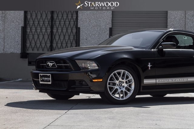 7910187f5775 low res 2014 ford mustang