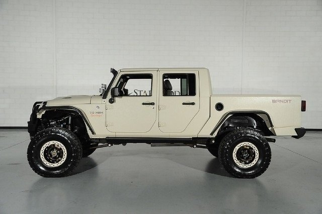 10093dc75cc81 low res 2012 jeep wrangler unlimited sahara