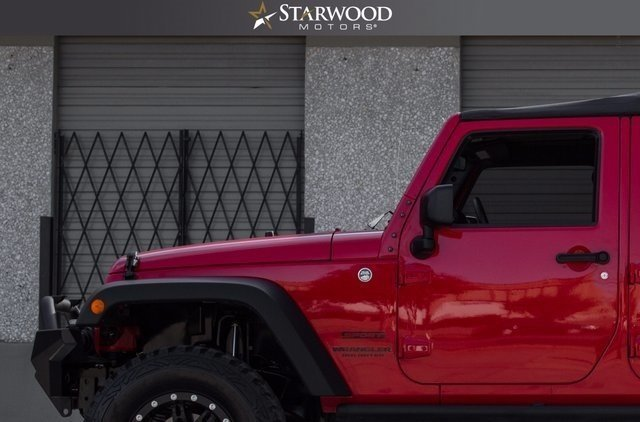 159046253f2f0 low res 2015 jeep wrangler unlimited sport
