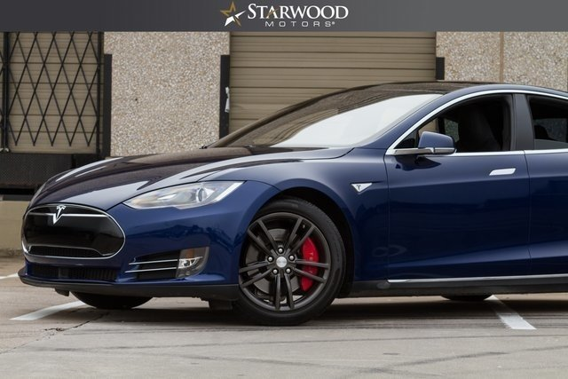 1926960457f0b low res 2015 tesla model s 70d