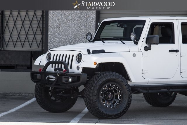 2025431816a05 low res 2017 jeep wrangler unlimited sport