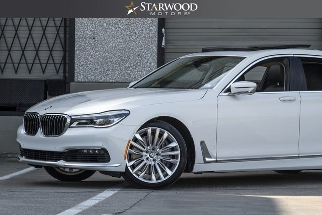 20342d14d29b2 low res 2016 bmw 7 series 750i