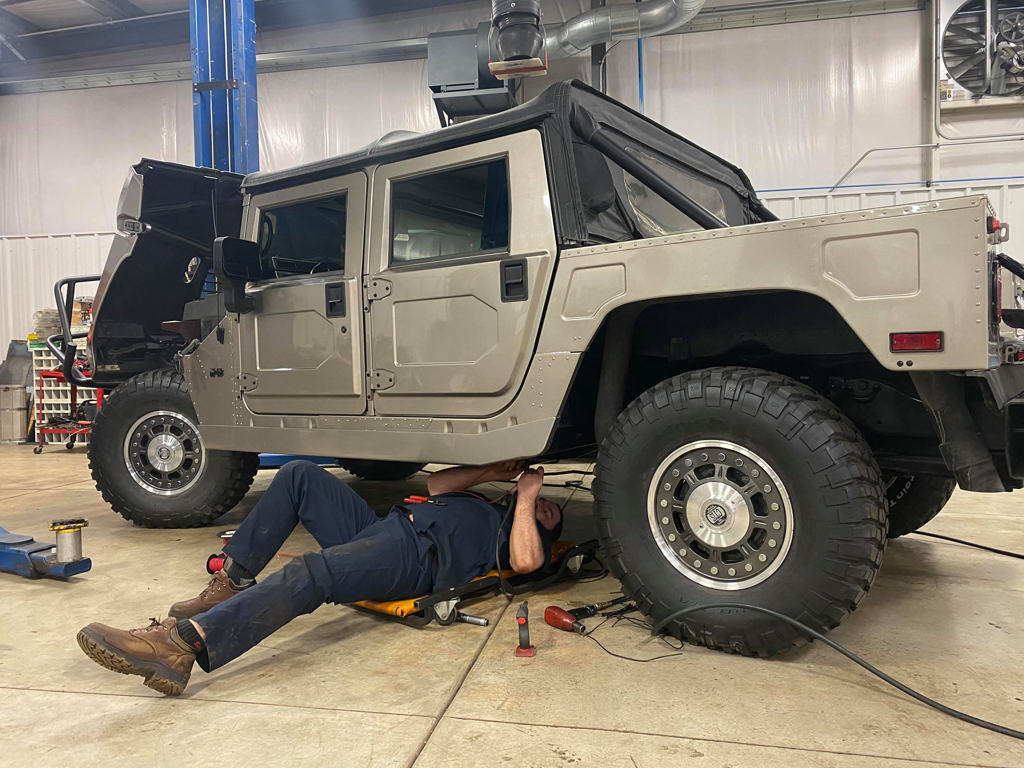 Hummer Repair Experts at the St. Louis Car Museum