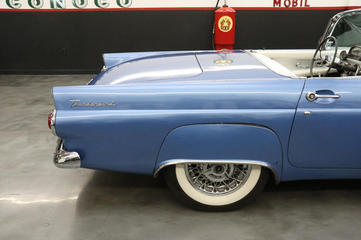 1955 Ford Thunderbird | Street Dreams