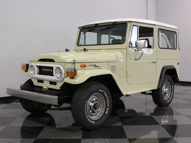 For Sale: 1973 Toyota FJ40