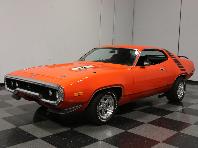 Hemi Orange Auto Paint