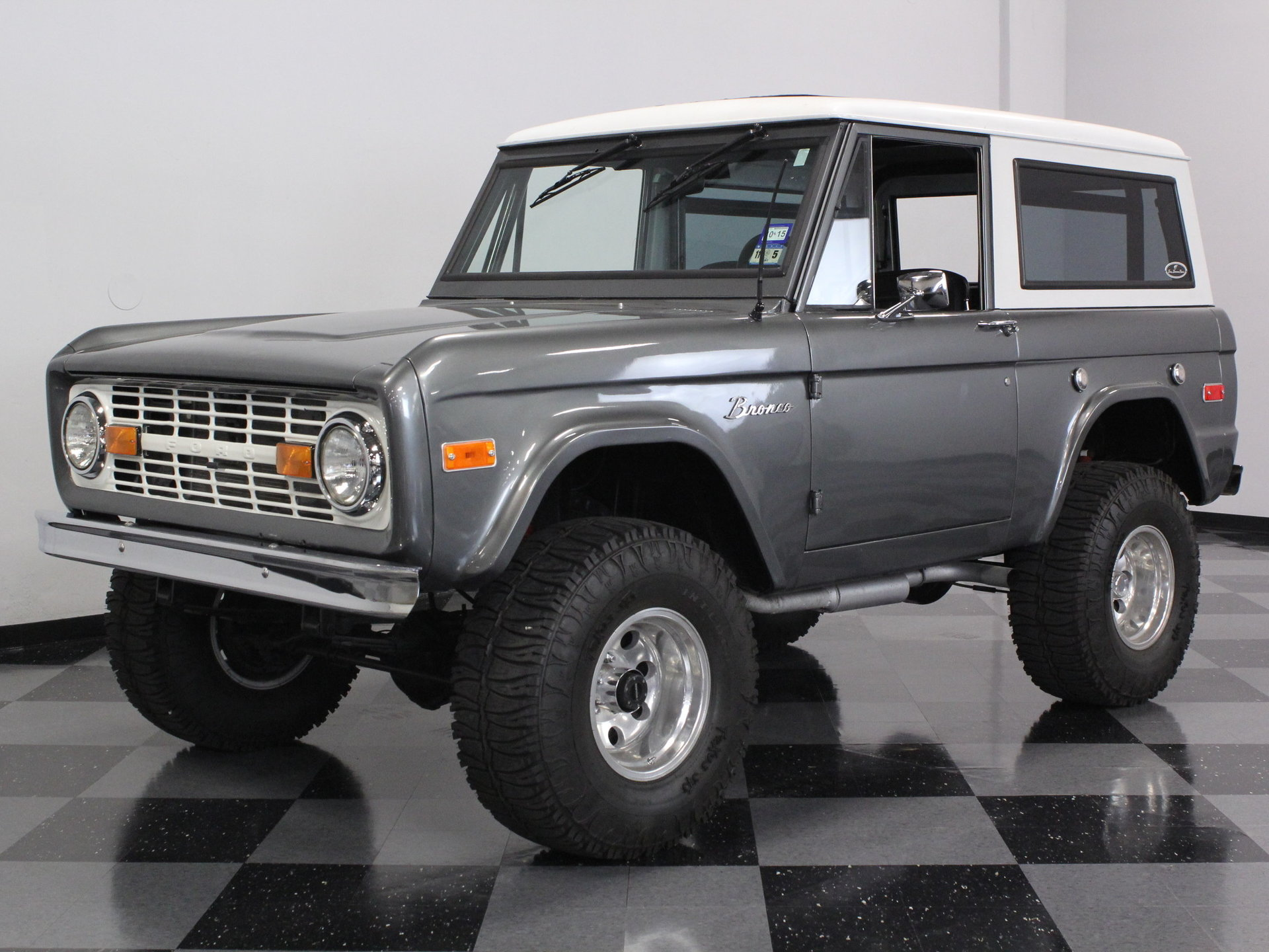 1970 Ford Bronco | Streetside Classics - The Nation's Trusted Classic Car Consignment Dealer