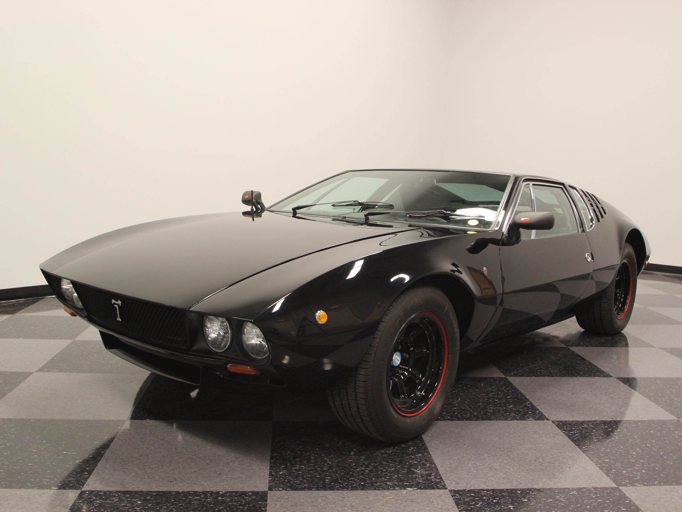 1969 de tomaso mangusta streetside classics the nation 39 s trusted classic car consignment dealer. Black Bedroom Furniture Sets. Home Design Ideas
