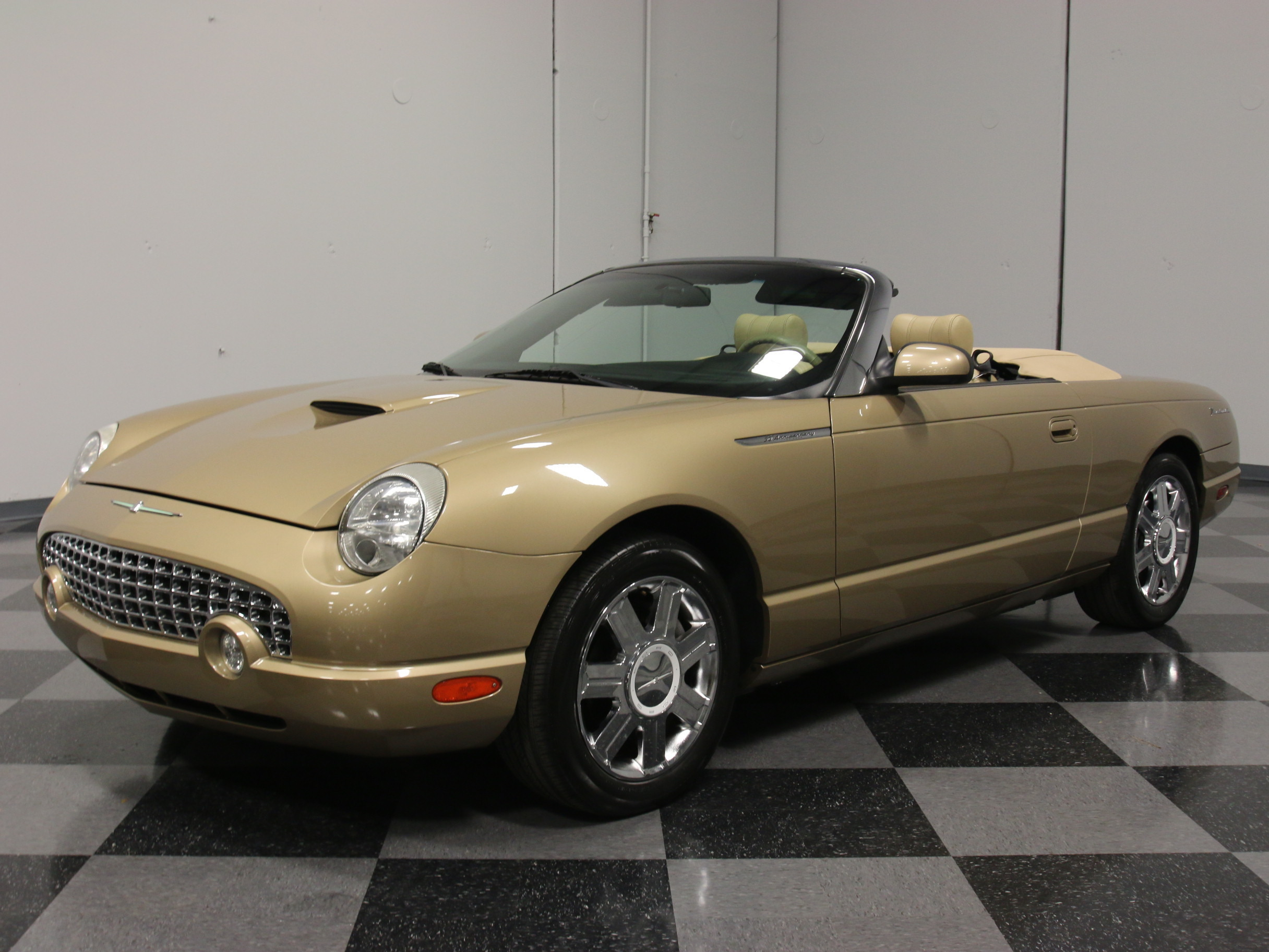 2005 ford thunderbird streetside classics the nation 39 s trusted classic car consignment dealer. Black Bedroom Furniture Sets. Home Design Ideas