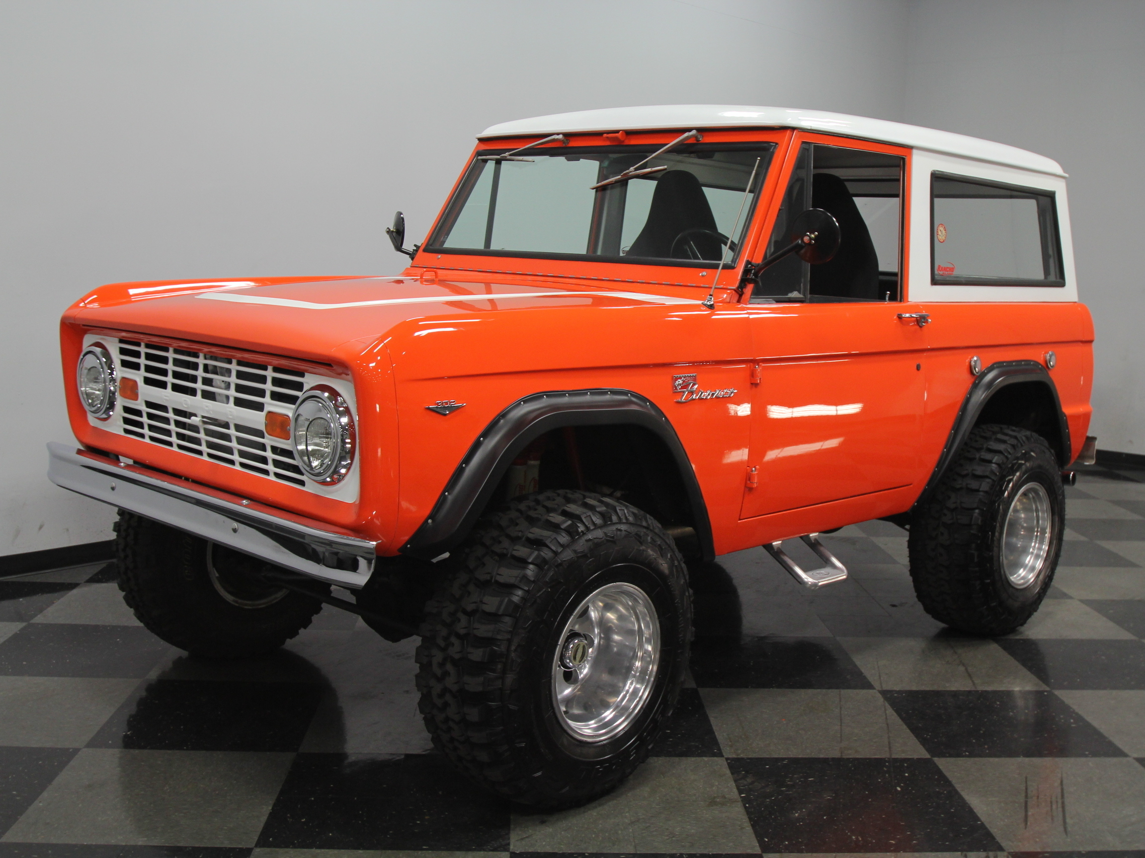1966 ford bronco streetside classics the nation 39 s trusted classic car consignment dealer. Black Bedroom Furniture Sets. Home Design Ideas