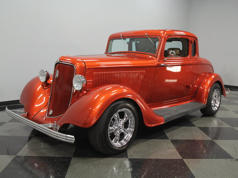 1934 Plymouth 5-Window Coupe