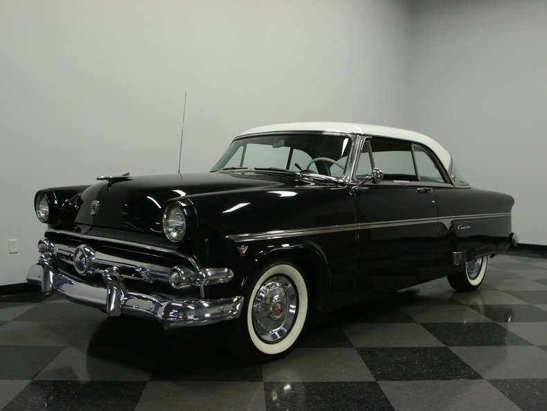 For Sale: 1954 Ford Crestline Victoria