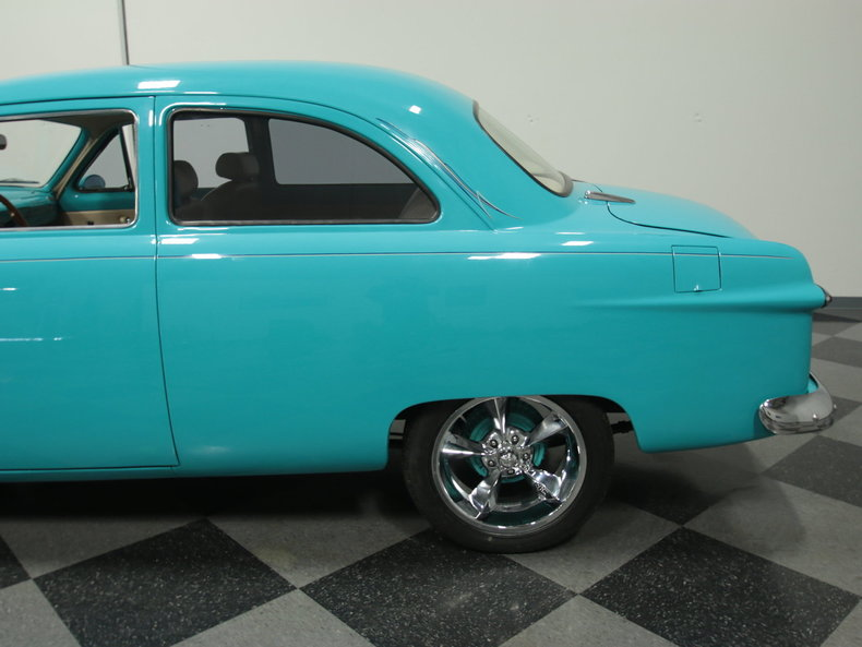 1950 ford 2 door sedan streetside classics classic for 1950 ford two door