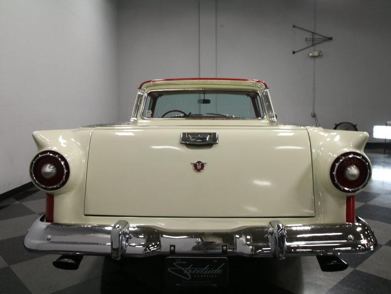 Merveilleux 1957 Ford. Ranchero