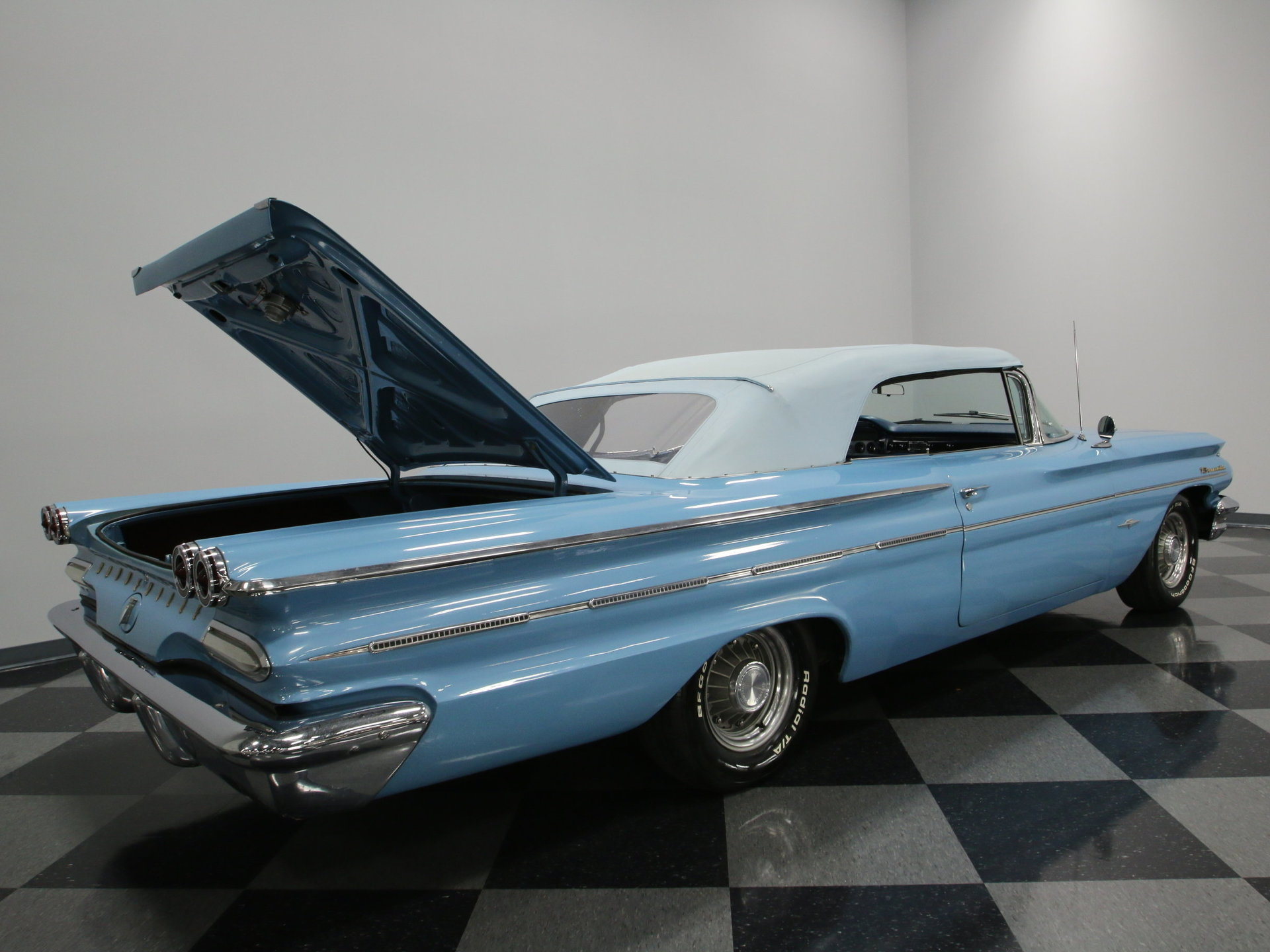 1960 Pontiac Bonneville Streetside Classics The Nations Trusted Station Wagon View 360