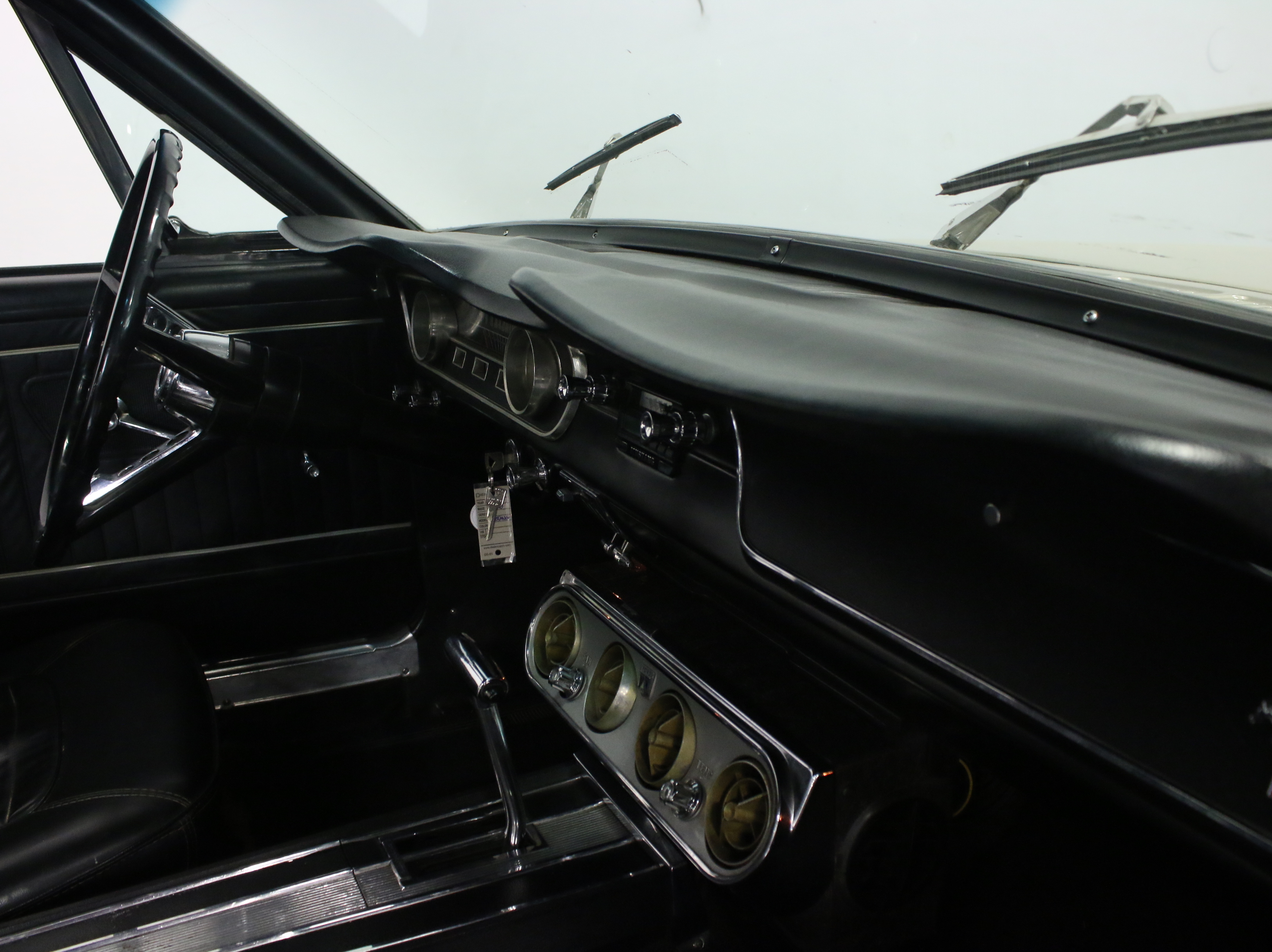 1965 Ford Mustang : REAL '64 1/2 W/ PROPER F-CODE V8, AUTO, COLD AC, WELL MAINTAINED & GREAT DRIVER!