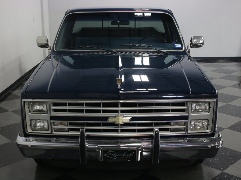 1986 Chevrolet C10 | Streetside Classics - The Nation's ...