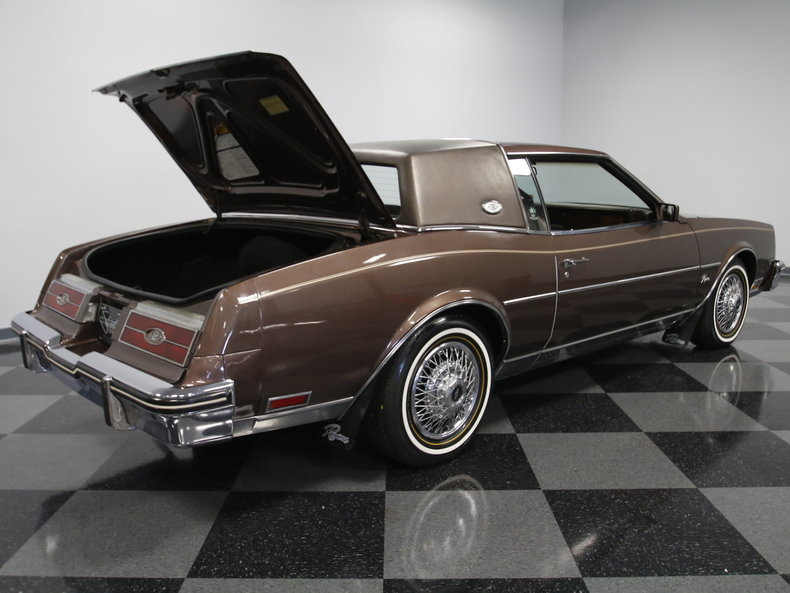 1984 buick riviera for sale 47729 mcg. Black Bedroom Furniture Sets. Home Design Ideas