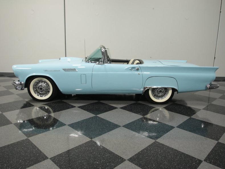 1957 Ford Thunderbird | Streetside Classics - The Nation\'s Trusted ...
