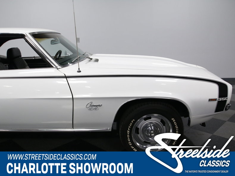 1969 Chevrolet Camaro Streetside Classics Classic