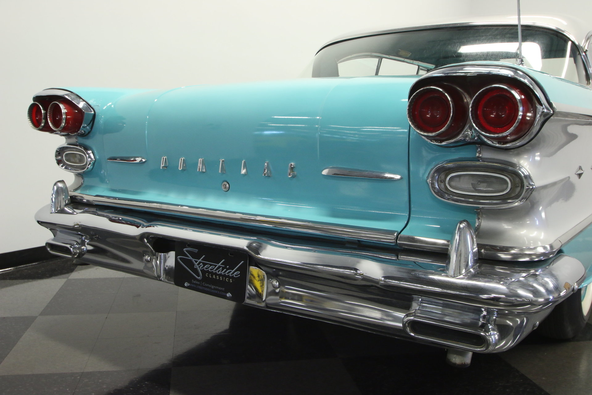 1958 Pontiac Star Chief Streetside Classics The Nations Trusted 1950 View 360