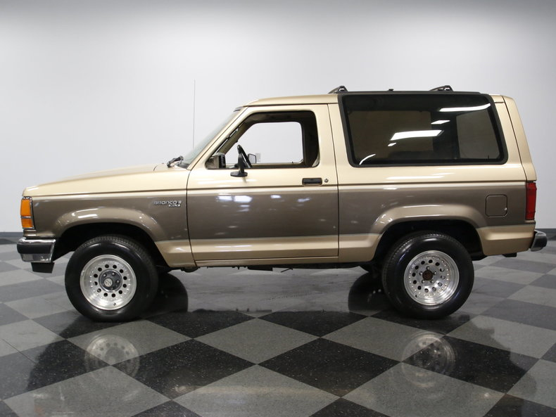 1990 Ford Bronco | Streetside Classics - The Nation's Trusted Classic Car Consignment Dealer