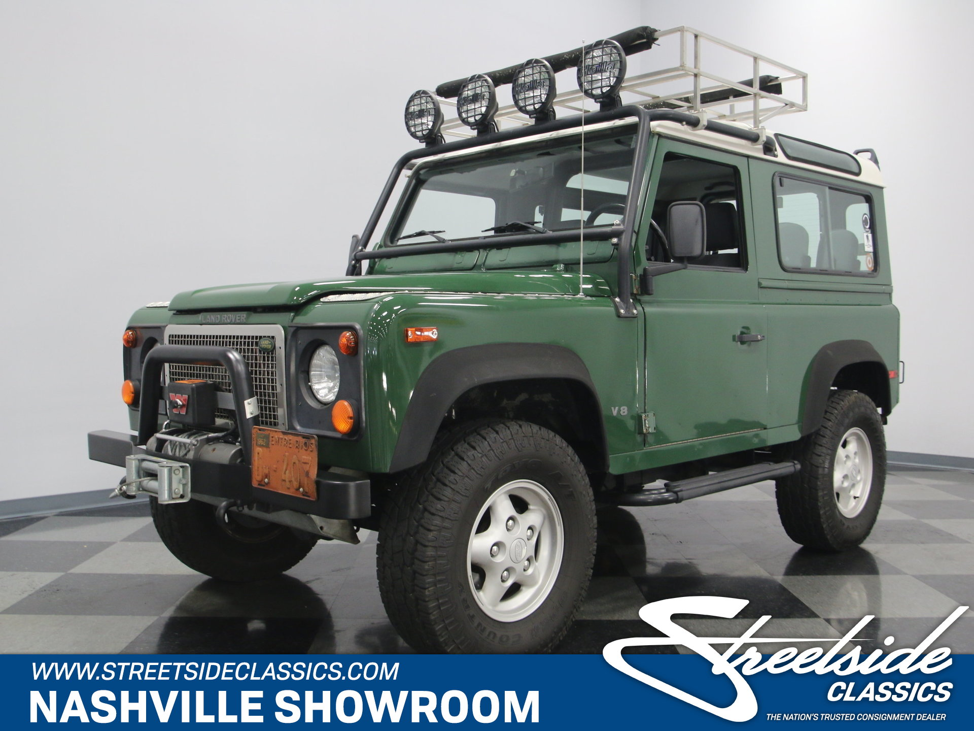 ... 1997 Land Rover Defender. Spincar view. Play Video