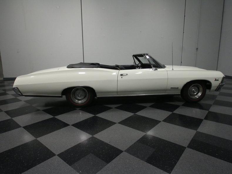 1967 Chevrolet Impala 32