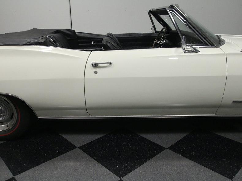 1967 Chevrolet Impala 35